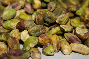 Raw Shelled Pistachios - 1 lb Bag