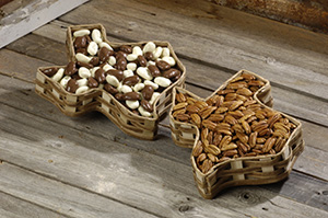 Texas Basket - 1 lb Mixed Chocoalte Pecans